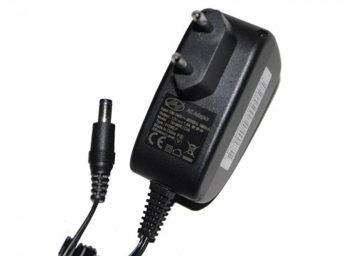 Adaptér napájací 12V 1500mA GW (5,5x2,1mm)
